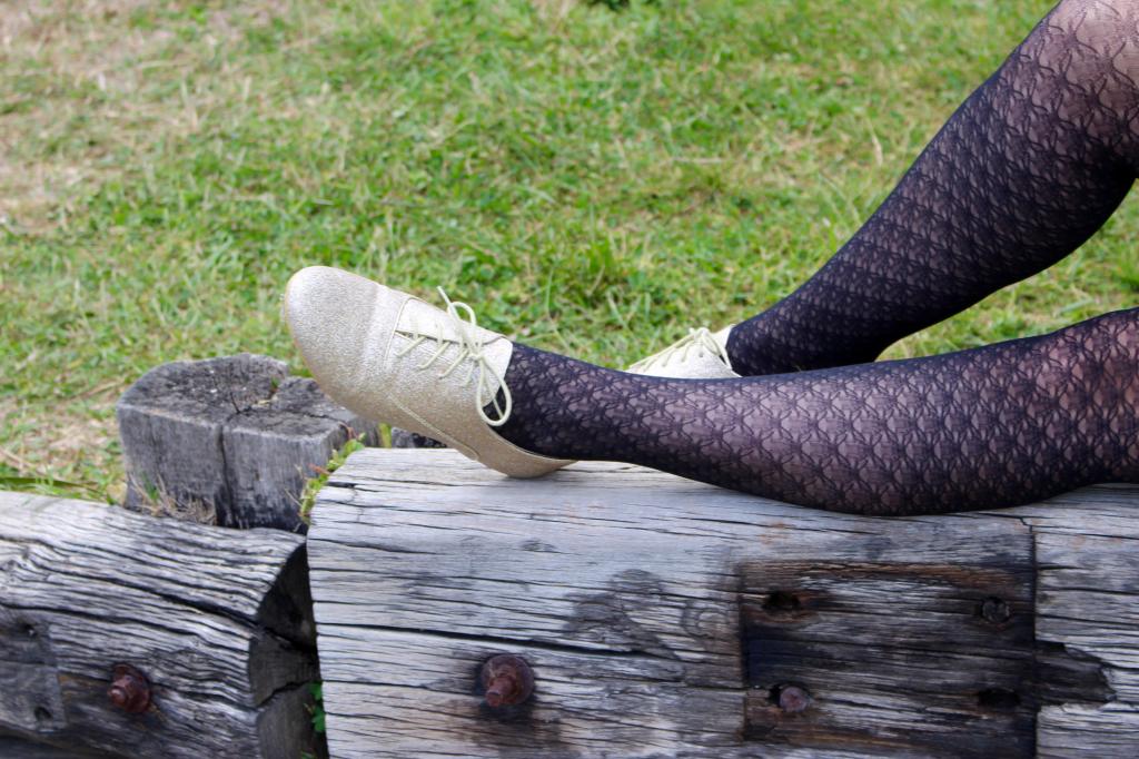 cuir et paillettes derbies_mademoiselle-e