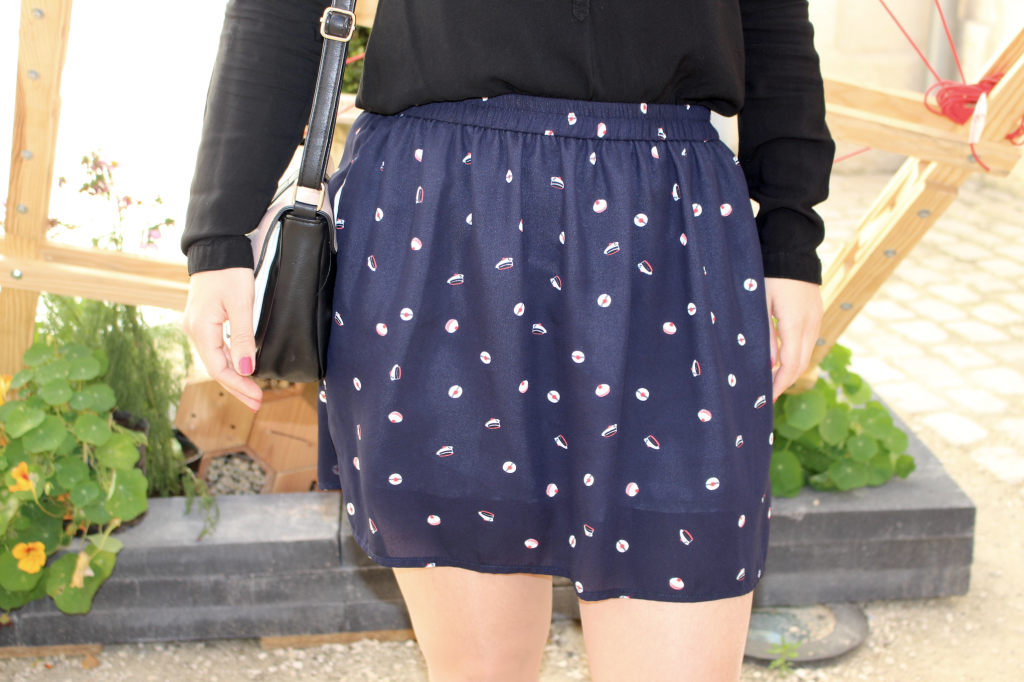 Les petites jupes de prune modèle mousaillon bleu_mademoiselle-e
