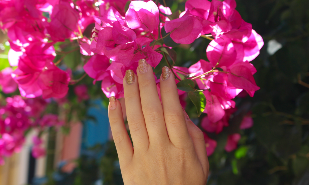 Jupe plissée mademoiselle E - zoom main