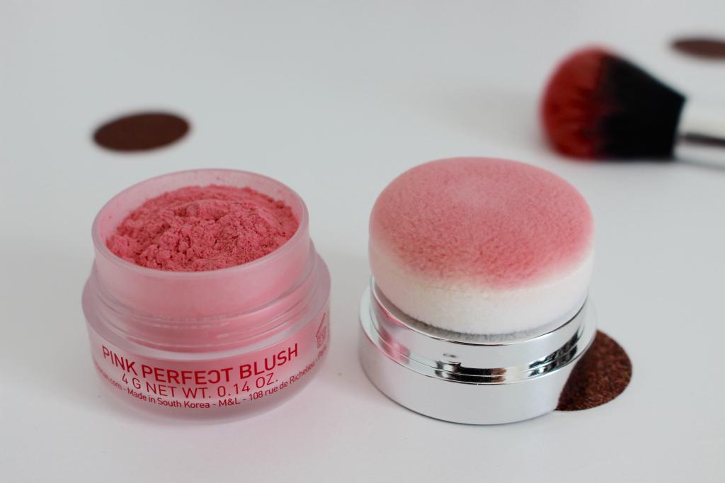 Pink Perfect Blush Mademoiselle E - poudre libre