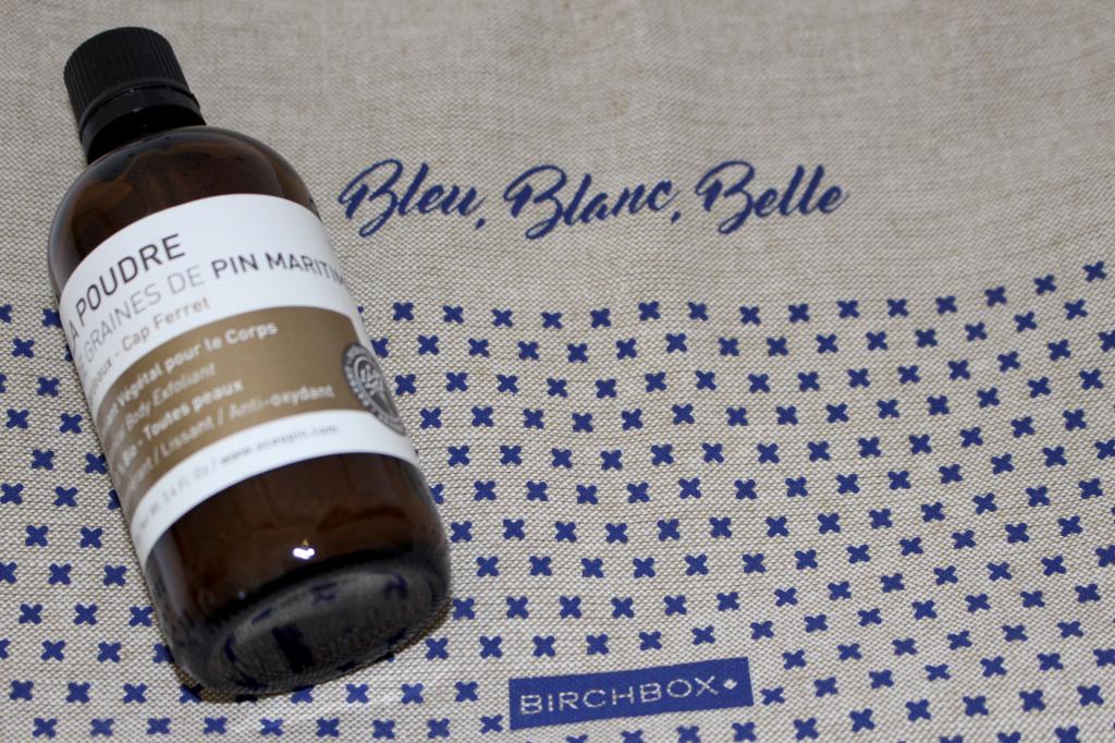 Bleu, blanc, belle Mademoiselle E - poudre 2
