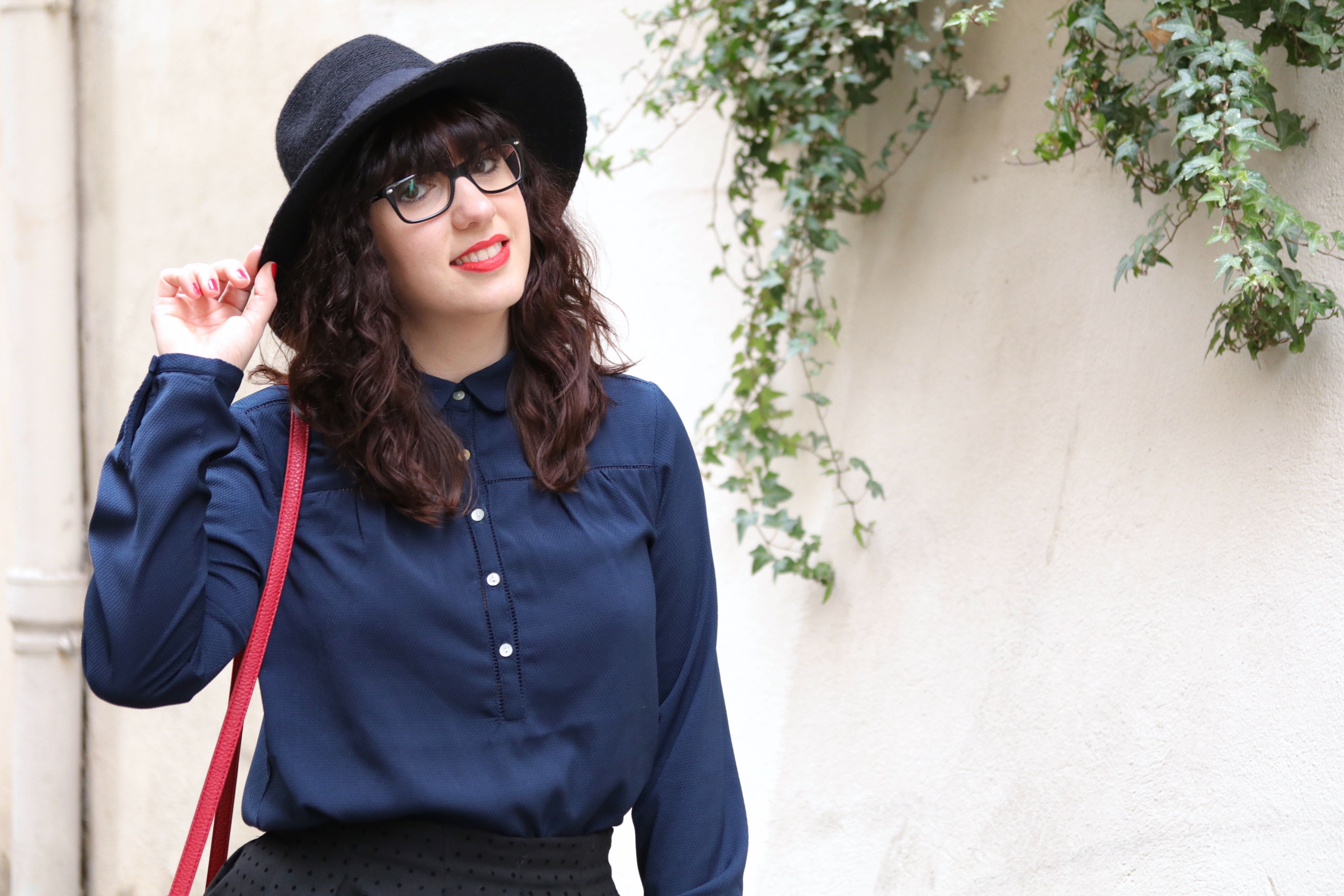 trench look portrait mademoiselle E
