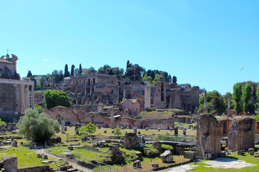 Rome city guide palatino mademoiselle-e