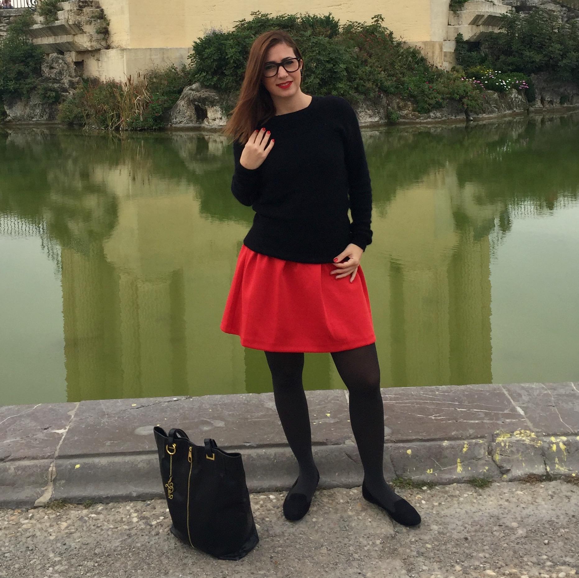 Jupe rouge – carré