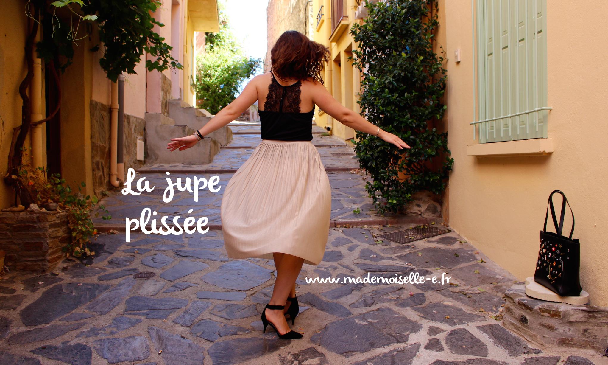 Jupe plissée mademoiselle E – presentation