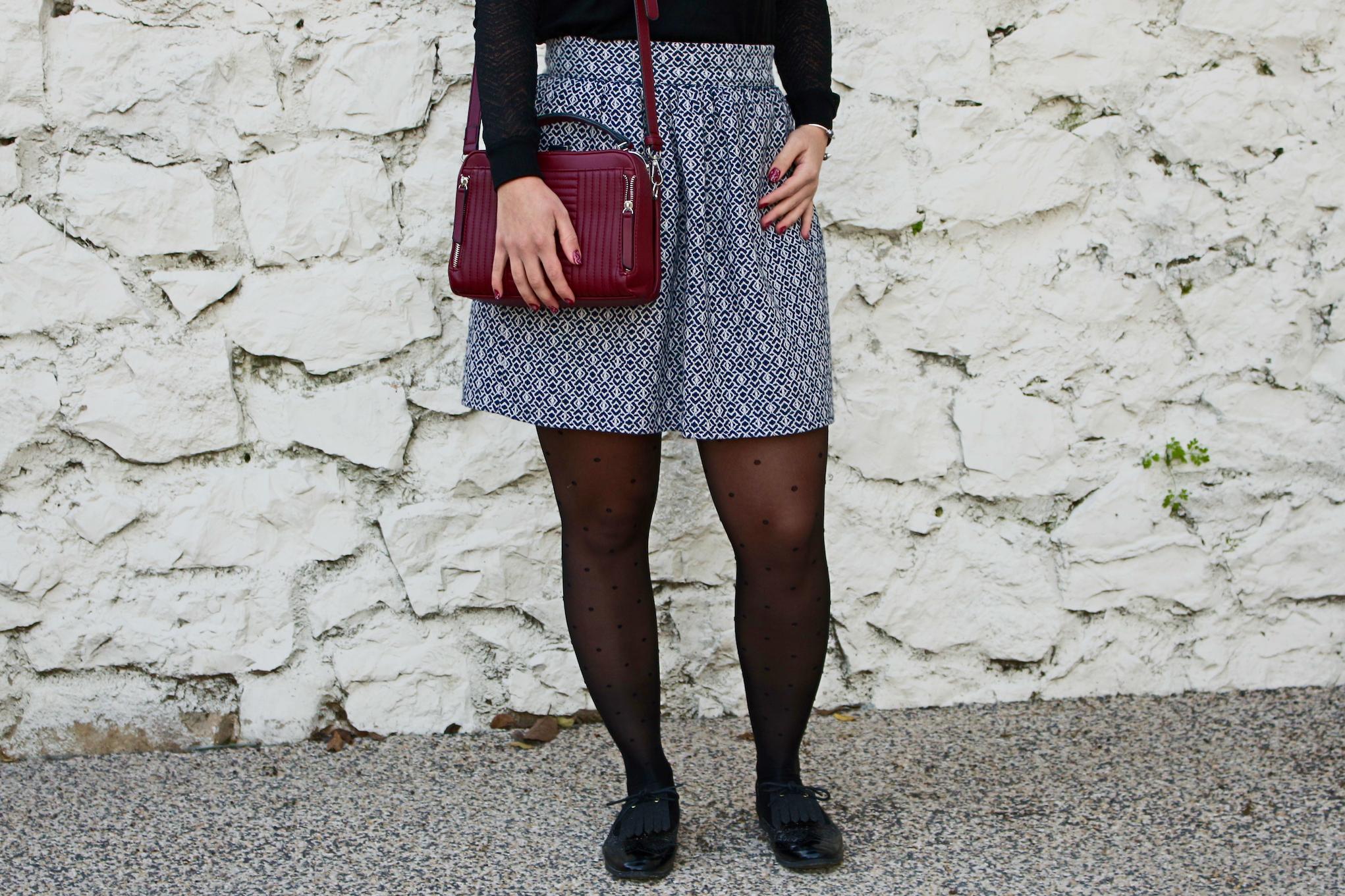 jupe en laine devant mademoiselle-e