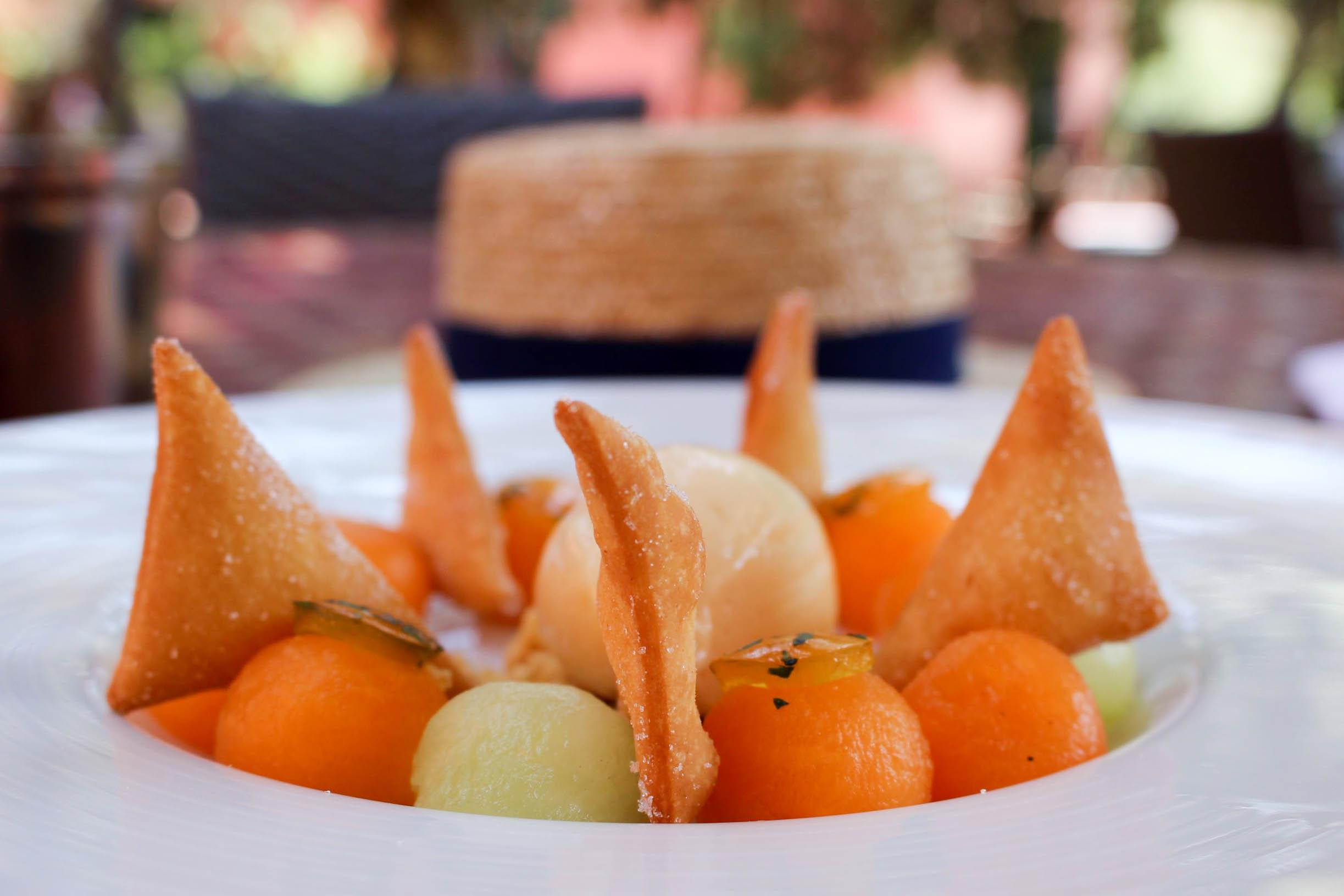 Disini sun bon plan dessert restaurant mademoiselle e