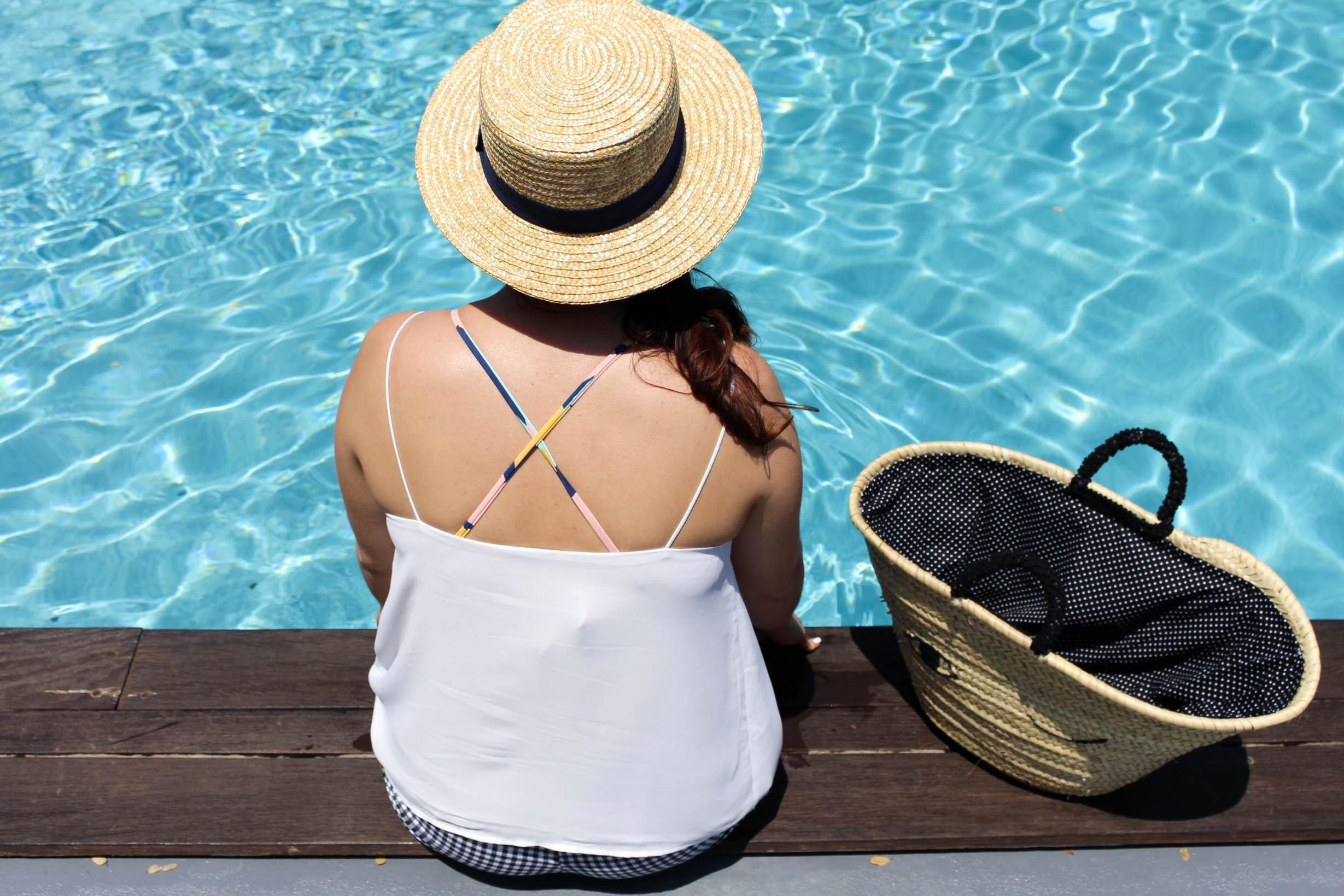 Disini sun bon plan piscine restaurant mademoiselle e
