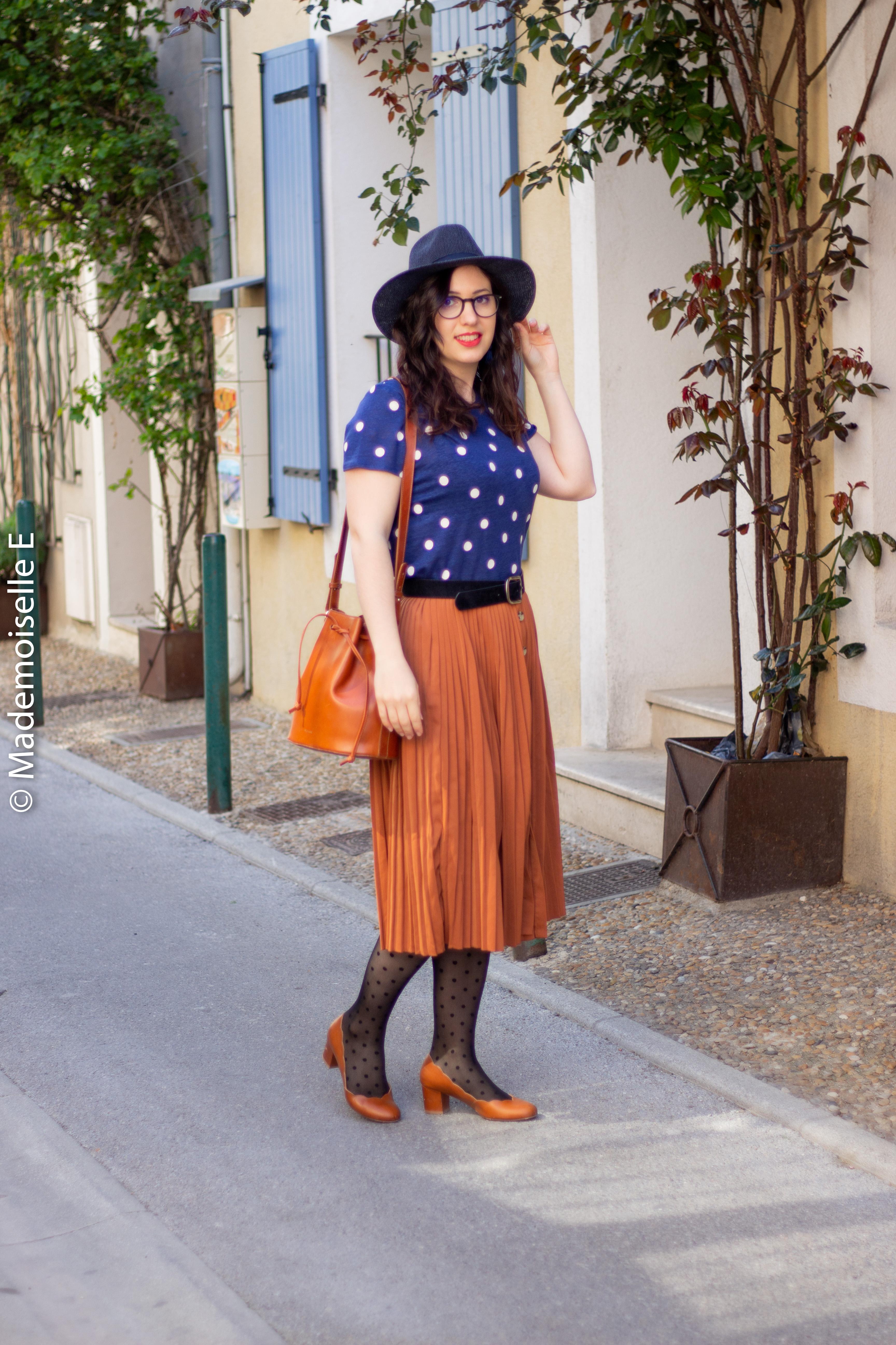 blog-mode-femme-jupe-midi-plissée-camel-4-mademoiselle-e