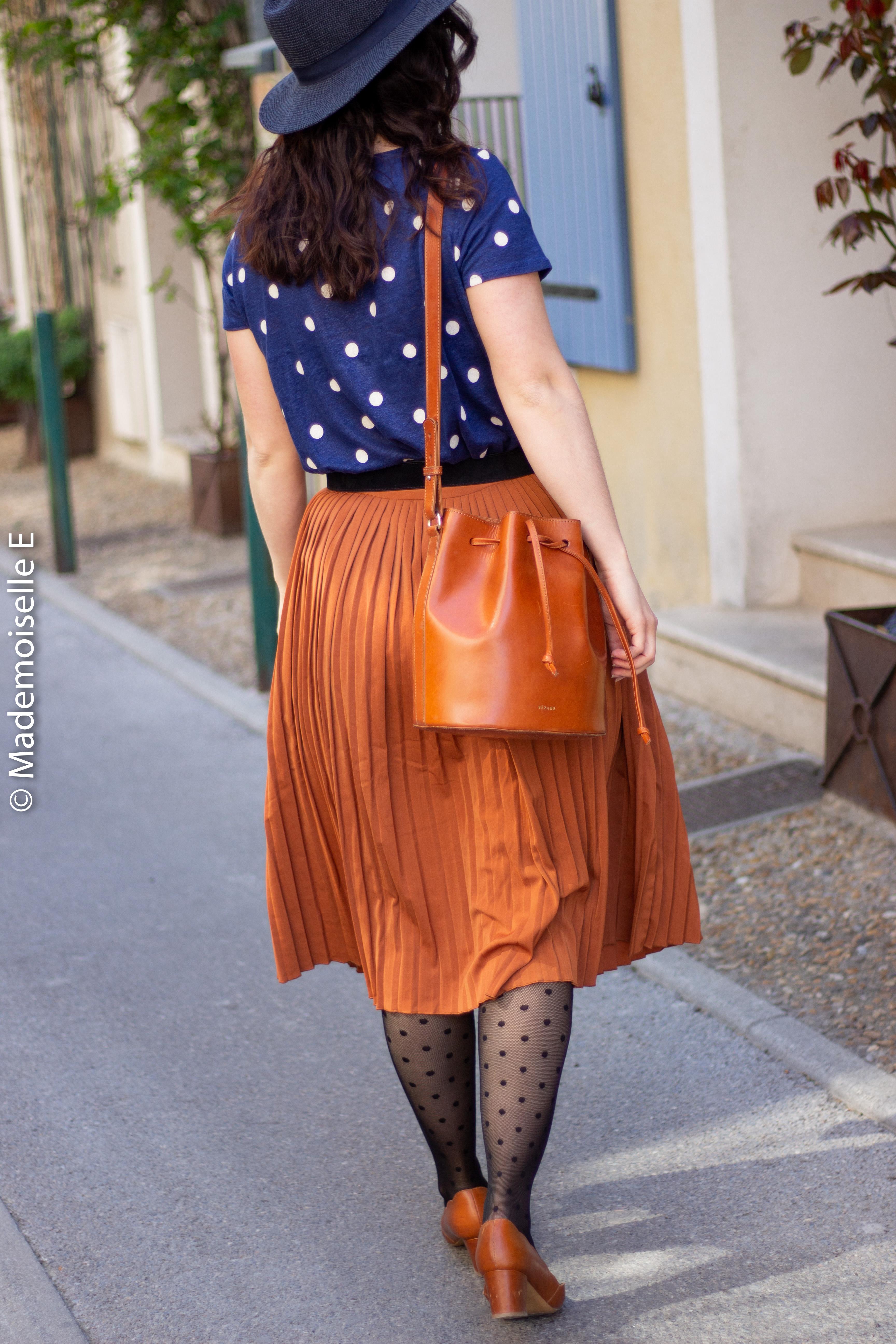blog-mode-femme-jupe-midi-plissée-camel-8-mademoiselle-e