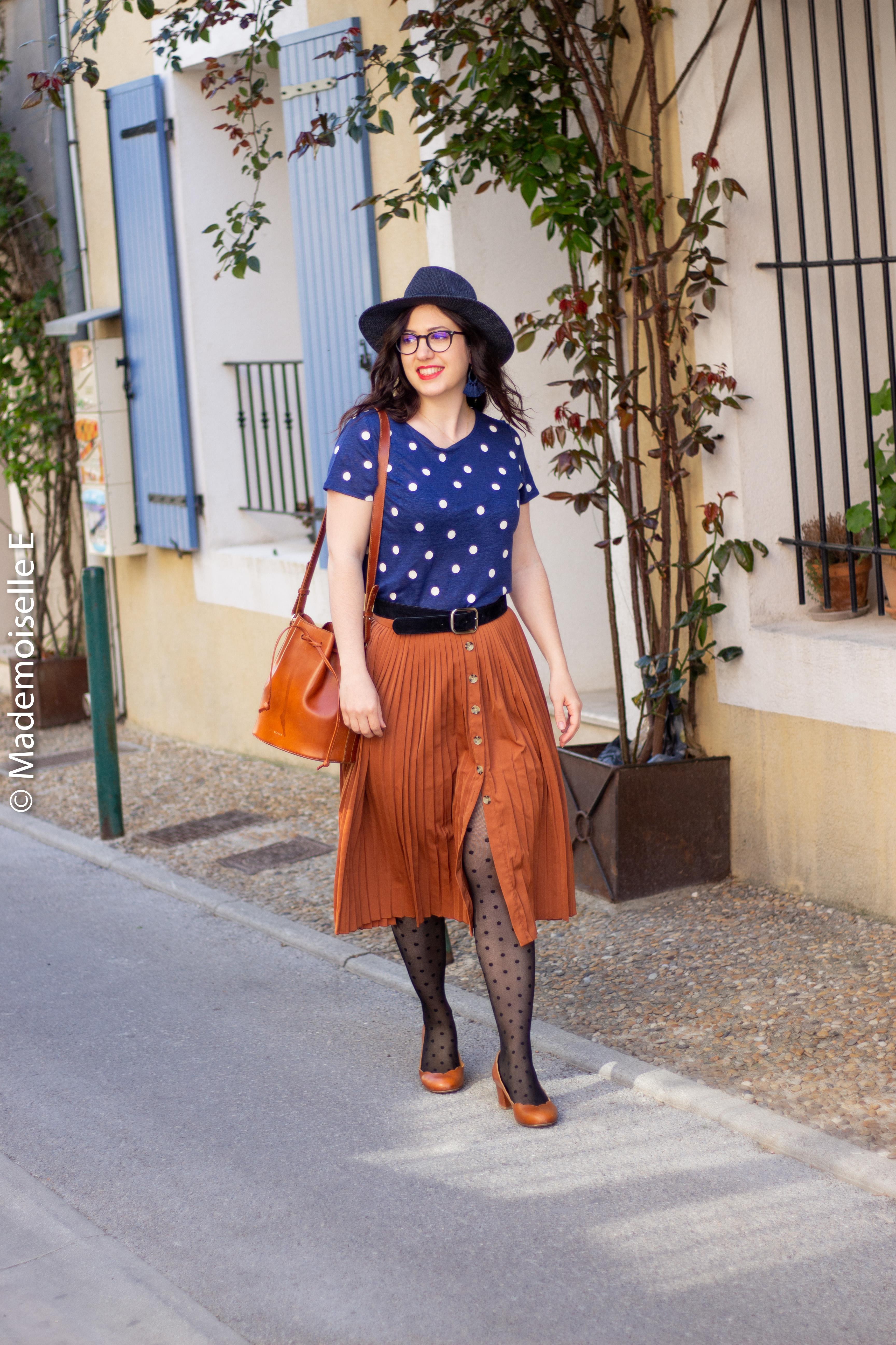blog-mode-femme-jupe-midi-plissée-camel-11-mademoiselle-e