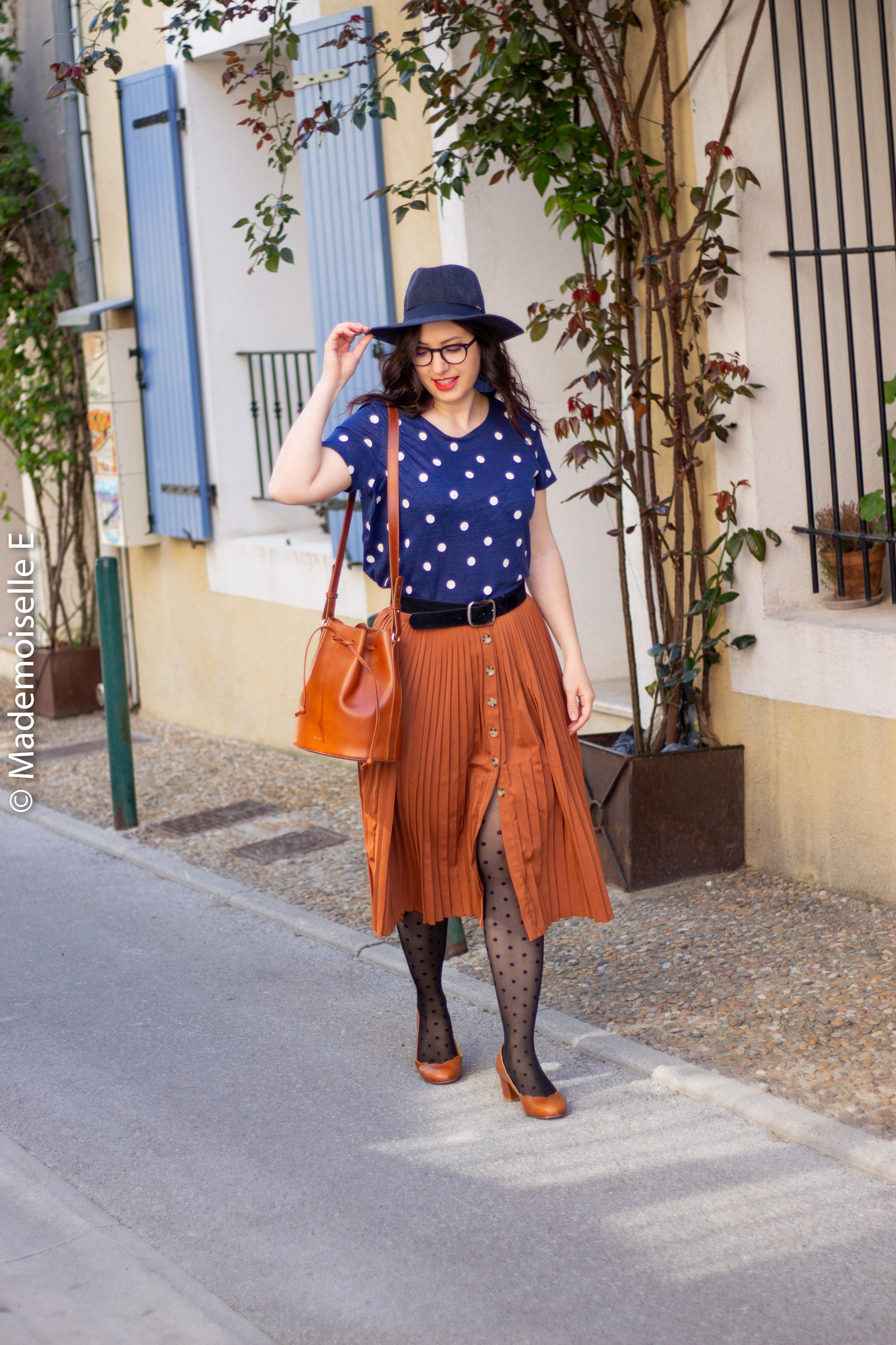 blog-mode-femme-jupe-midi-plissée-camel-12-mademoiselle-e