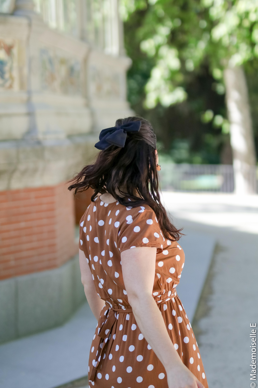 look-tendance-ete-robe-à-pois-marron-4-mademoiselle-e