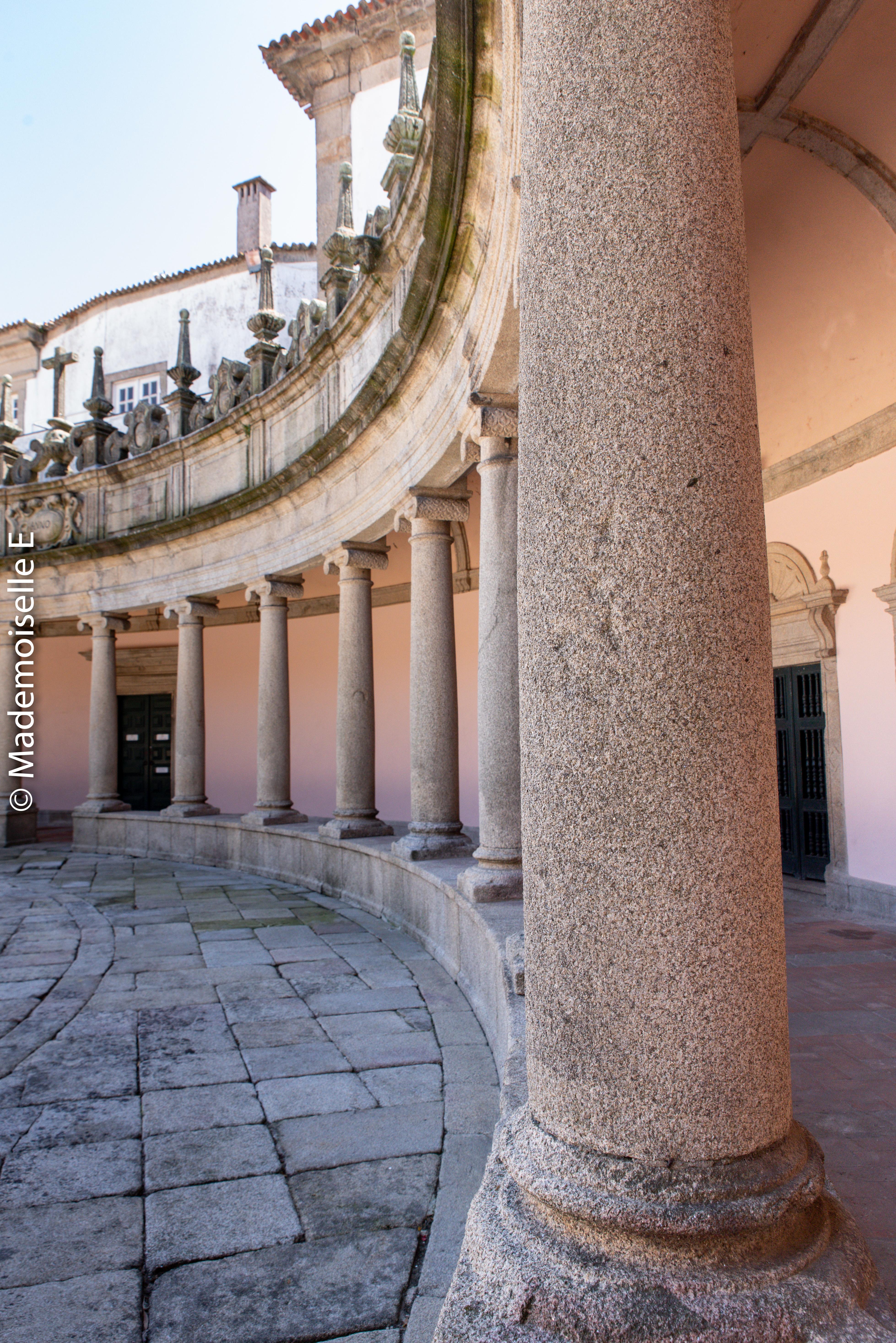 city_guide_Mosteiro_da_Serra_do_Pilar_mademoiselle-e